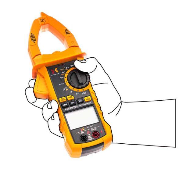 pinza-amperimetrica-multimetro-digital-xindar-pin2000n-hand